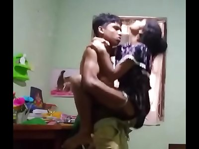 Indian Boyfriend lifts his Girlfriend and fucks her