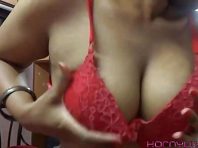 Indian Pornstar Amateur Babe Horny Lily